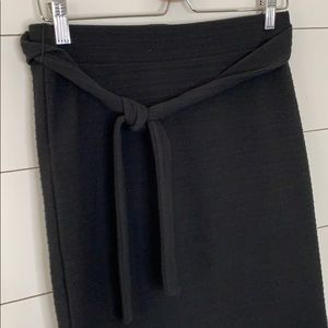 LOFT Black Skirt Size Small Petite